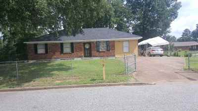 Memphis Single Family Home For Sale: 857 Bramblewood