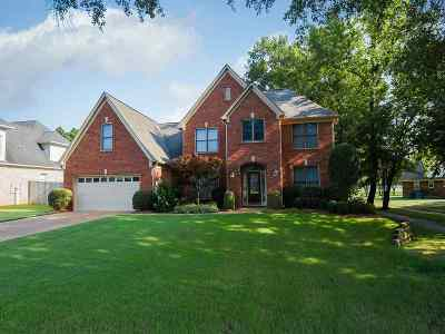 Collierville Single Family Home Contingent: 1626 Wolf Ridge