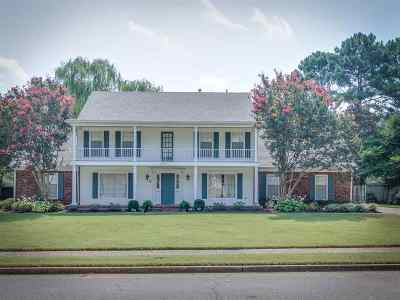 Memphis Single Family Home For Sale: 6727 Garden Oaks