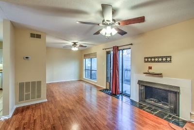 Memphis Single Family Home For Sale: 3978 Grahamdale #3978A