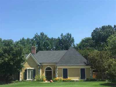 Single Family Home For Sale: 8618 Riverwood Farms