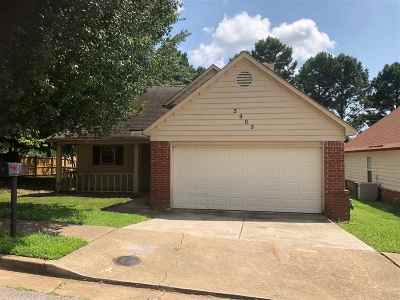 Memphis Single Family Home For Sale: 5905 Hickory Commons