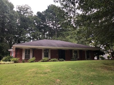 Memphis Single Family Home For Sale: 4000 E Lakemont