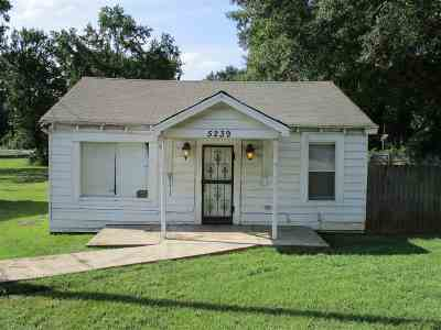 Memphis Single Family Home For Sale: 5239 Us 61