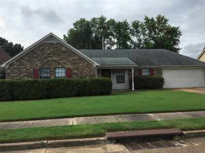 Memphis Single Family Home For Sale: 7781 Deer Trail