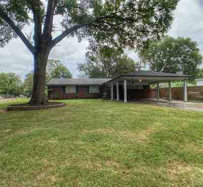 Memphis Single Family Home For Sale: 440 Green Acres