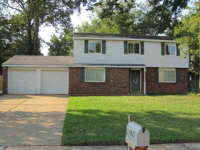 Bartlett Single Family Home For Sale: 6827 Autumnhill