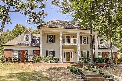 Memphis Single Family Home For Sale: 7934 Woodchase