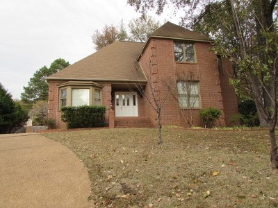 Memphis Single Family Home For Sale: 8664 Cedar Farms