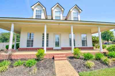 Rossville Single Family Home Contingent: 15 Cotton