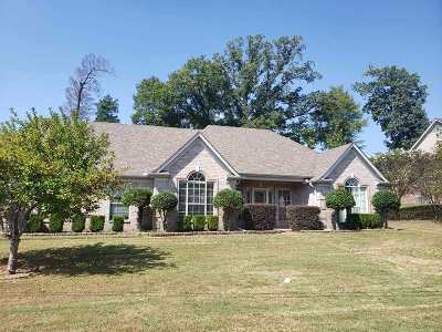 Oakland Single Family Home For Sale: 65 Country Brook
