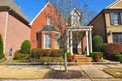 Single Family Home Sold: 320 Sterling Oaks