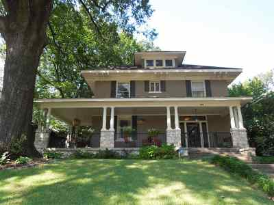 Single Family Home Sold: 225 N Avalon