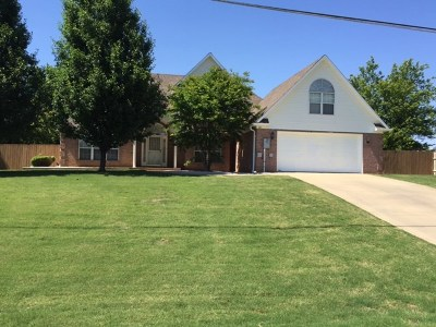 Single Family Home Sold: 780 Duncan