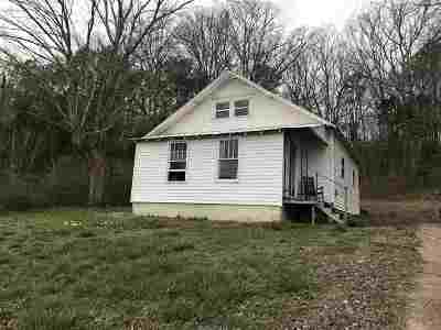 Waynesboro Single Family Home For Sale: 310 W Highway 64
