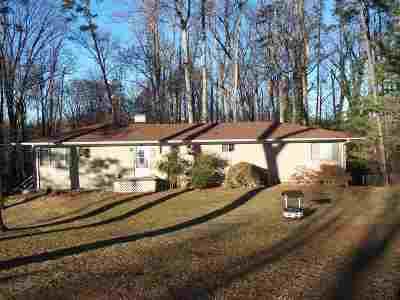 Morristown Single Family Home For Sale: 421 Apple Blossom Lane