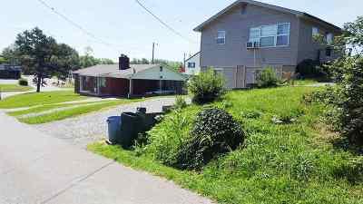 Newport Multi Family Home For Sale: 105/111 Converse St.
