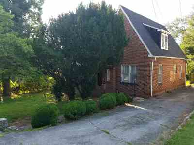 Jefferson County Single Family Home For Sale: 137 E Old Andrew Johnson
