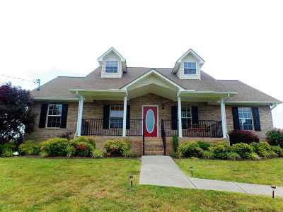 Single Family Home For Sale: 5654 Browning Way
