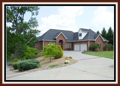 Single Family Home For Sale: 352 Back Nine Drive