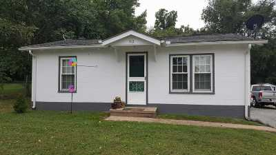 Single Family Home For Sale: 912 Truman Street