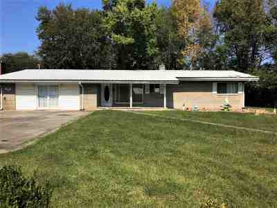 Newport Single Family Home For Sale: 205 Carson Springs Rd