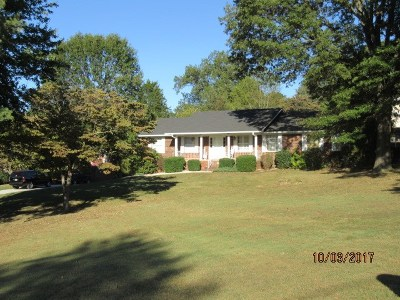 Morristown Single Family Home For Sale: 3310 Oakdale Ln