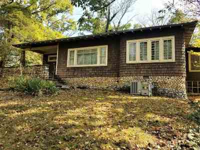Newport Single Family Home For Sale: 415 Cliffwood Dr.