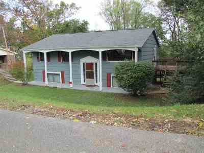 Single Family Home For Sale: 738 Bell Road