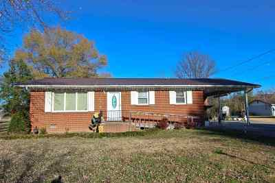 Newport Single Family Home For Sale: 414 Seehorn Dr