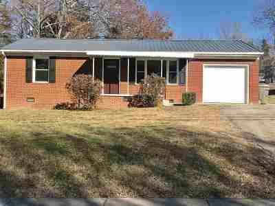 Morristown Single Family Home For Sale: 2032 Fairview Rd