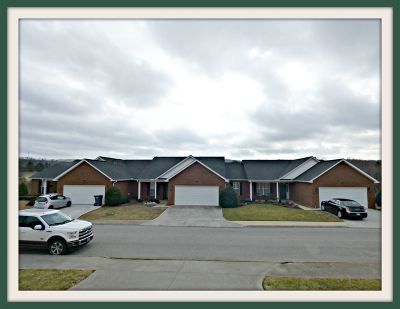 Dandridge Condo/Townhouse Temporary Active: 1023 Patriots Landing Dr.