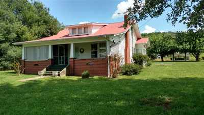 Single Family Home Auction: 3220 Three Springs Rd