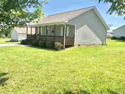 White Pine Single Family Home For Sale: 1305 Tabitha Drive