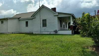 White Pine Single Family Home Auction: 3192 Old Airport Rd