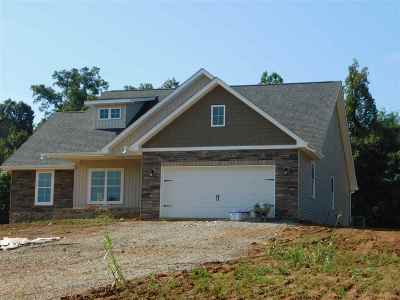 Jefferson City Single Family Home For Sale: 121 Cheshire Ct