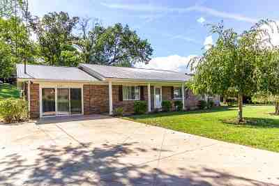 Single Family Home Sold: 2209 Warren Dr
