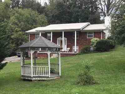 Morristown Single Family Home For Sale: 530 Parker Road