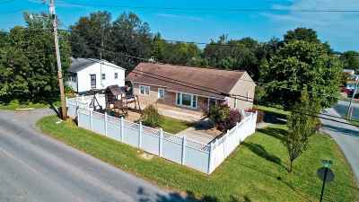Newport Single Family Home For Sale: 242 Mineral St