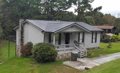 Single Family Home Sold: 2416 Daniels Drive