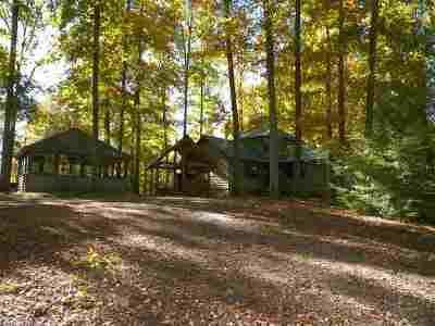 Single Family Home For Sale: 912 Jackson Hollow