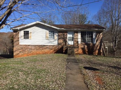 Newport Single Family Home For Sale: 1410 Green Acres Dr