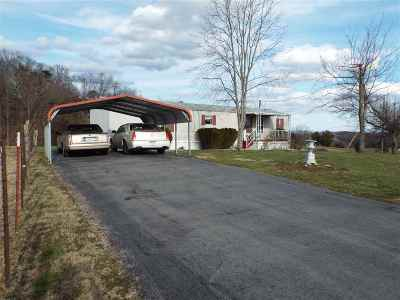 Grainger County Mobile/Manufactured For Sale: 637 Hodge Rd.