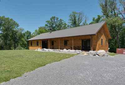Single Family Home For Sale: 2371 Freshour Hollow Rd