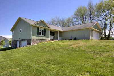 Dandridge Single Family Home Temporary Active: 968 Valley Home Road