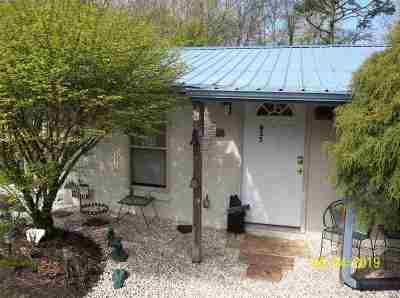 Jefferson County Single Family Home For Sale: 955 Burchfield Rd