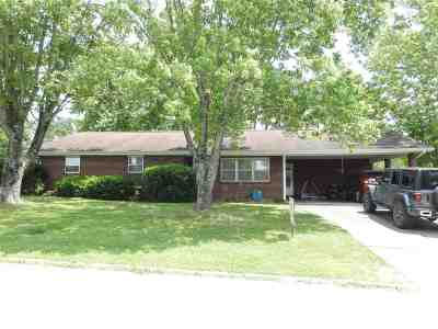 Newport Single Family Home For Sale: 464 Sequoyah Dr