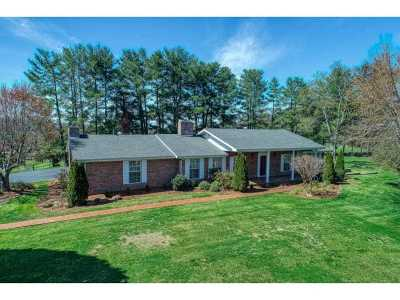 Single Family Home For Sale: 126 Old Shiloh Road
