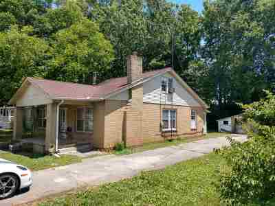 Single Family Home For Sale: 925 E Ellis St