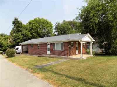 Jefferson County Single Family Home For Sale: 903 E Highland St